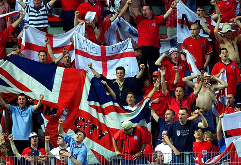 """Английские фанаты грозятся устроить россиянам """"третью мировую"""" на чемпионате мира <span class=""""color_red"""">- ВИДЕО</span>"""