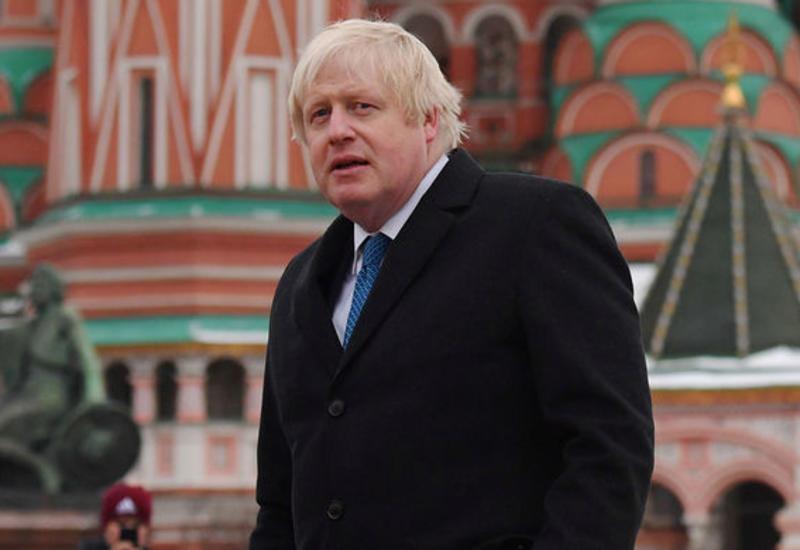Глава МИД Британии выступил за усиление санкций против России