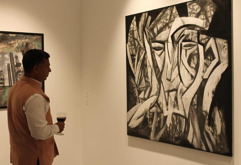 """В «Gazelli Art House» состоялось открытие групповой выставки «1918» <span class=""""color_red"""">- ФОТО</span>"""