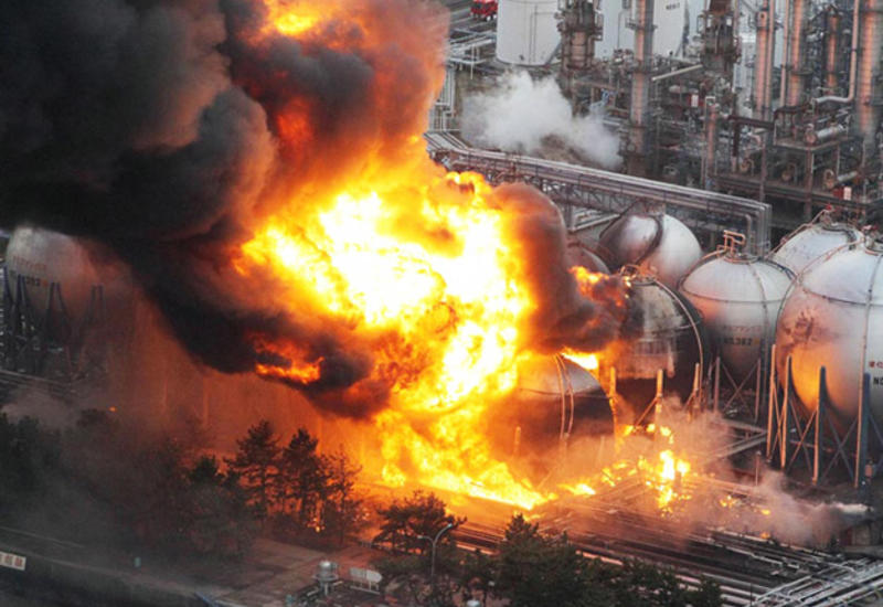 Сильный взрыв на фабрике в Турции, есть погибший и раненые