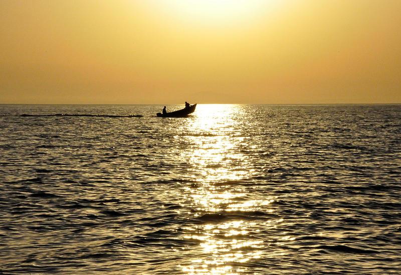 В Каспийском море обнаружена лодка с телами двух человек