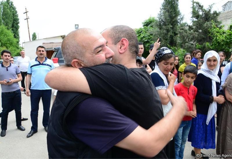 """В исправительном учреждении №6 в Азербайджане освобождены 62 помилованных <span class=""""color_red"""">- ФОТО</span>"""