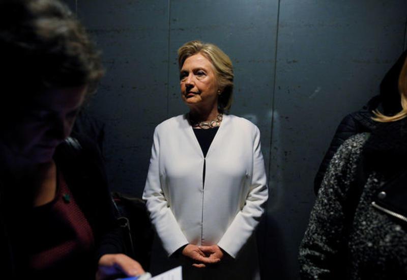 СМИ: Хиллари Клинтон захотела стать главой Facebook