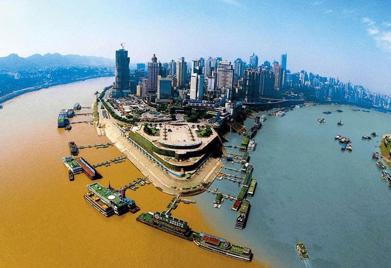 Исключительные места на планете, где сливаются разные по цвету реки