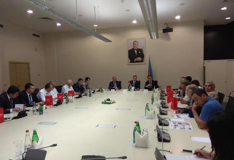 В Азербайджане предложено повысить урожайность граната