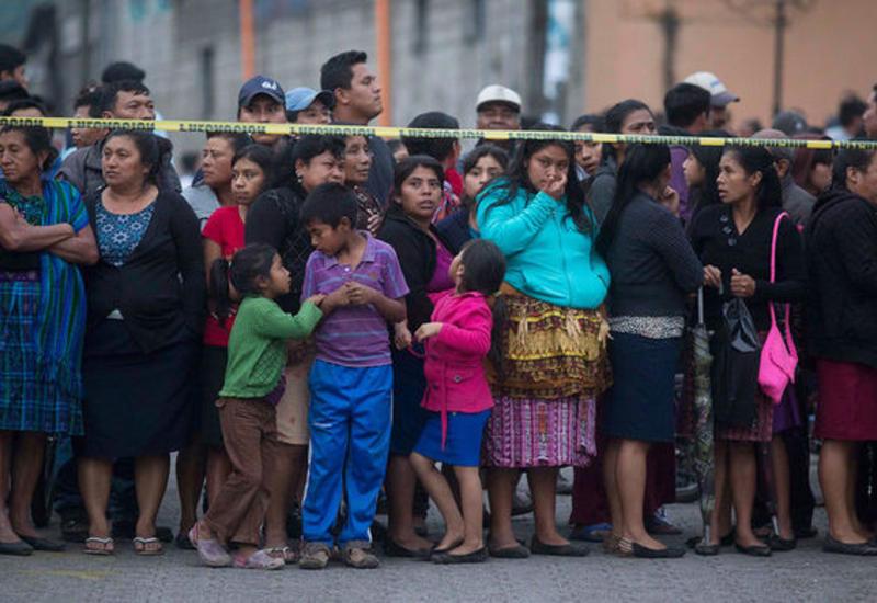 Власти Гватемалы сообщили о почти 200 пропавших без вести после извержения вулкана