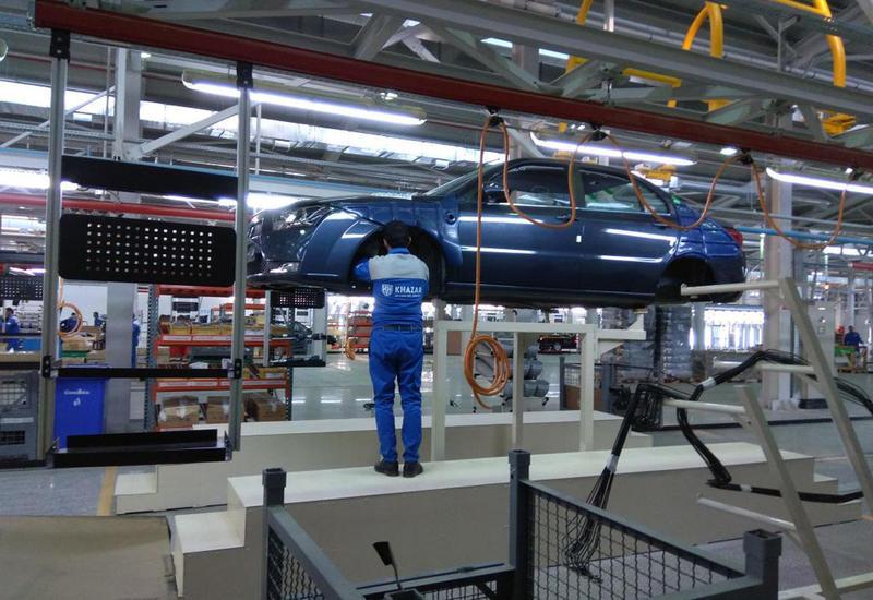 Начинаются продажи первых азербайджано-иранских автомобилей