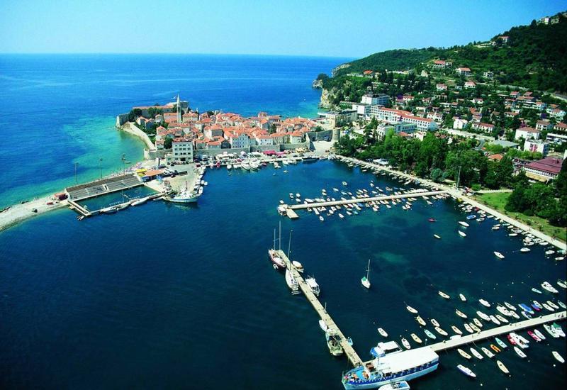 Названы лучшие курорты СНГ для летнего отдыха
