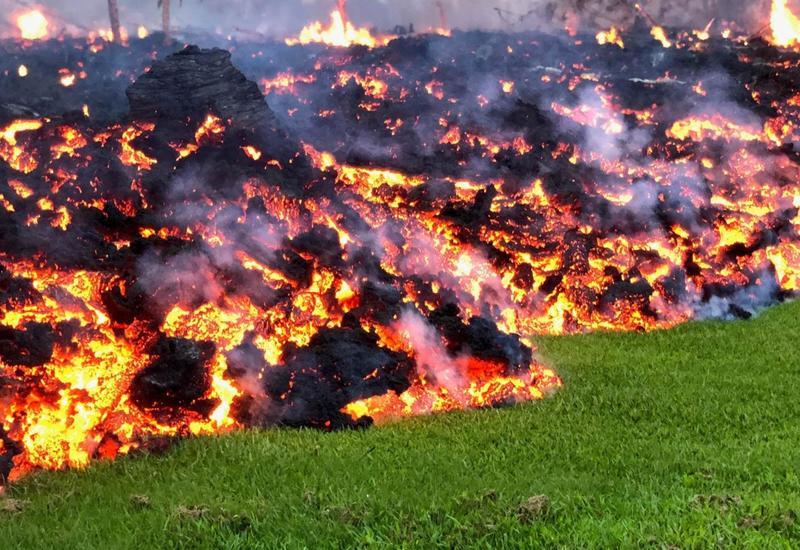 Вулкан уничтожил туристическую инфраструктуру на гавайском Большом острове