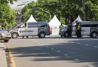 Полиция демонтировала палатки митингующих в Тбилиси
