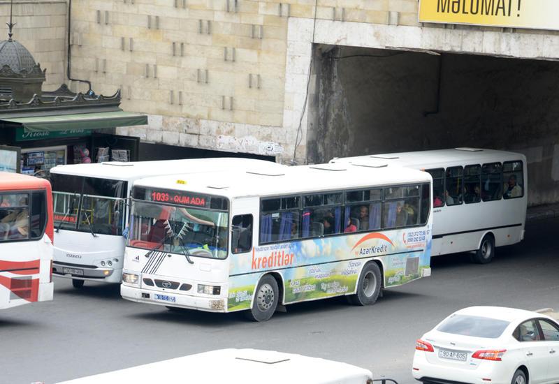 На центральных улицах Баку появятся спецполосы для движения автобусов
