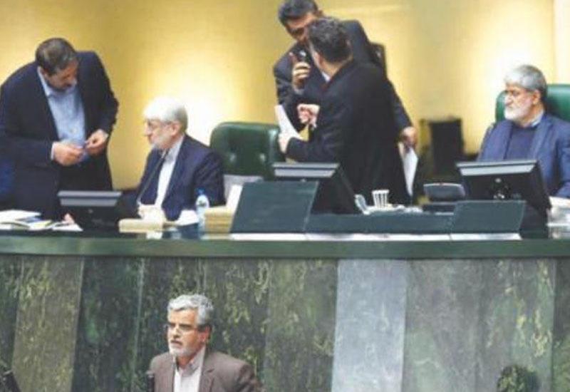 """İranlı deputat: """"İŞİD çirkli pulların yuyulmasında İranın bank sistemindən istifadə edib"""""""