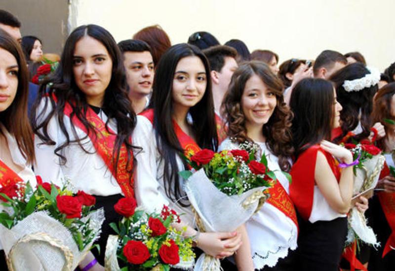 "Когда в школах Азербайджана прозвенит ""последний звонок""?"