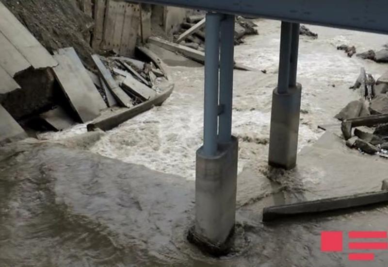Сильный сель в Габале разрушил два моста
