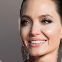 "Анджелина Джоли снова выходит замуж <span class=""color_red"">- ВИДЕО</span>"
