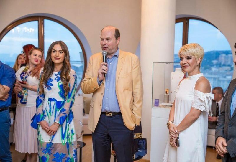 В Баку прошла выставка украинской художницы