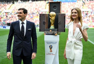 Фото дня - Наталья Водянова на открытии Чемпионата мира по футболу FIFA-2018