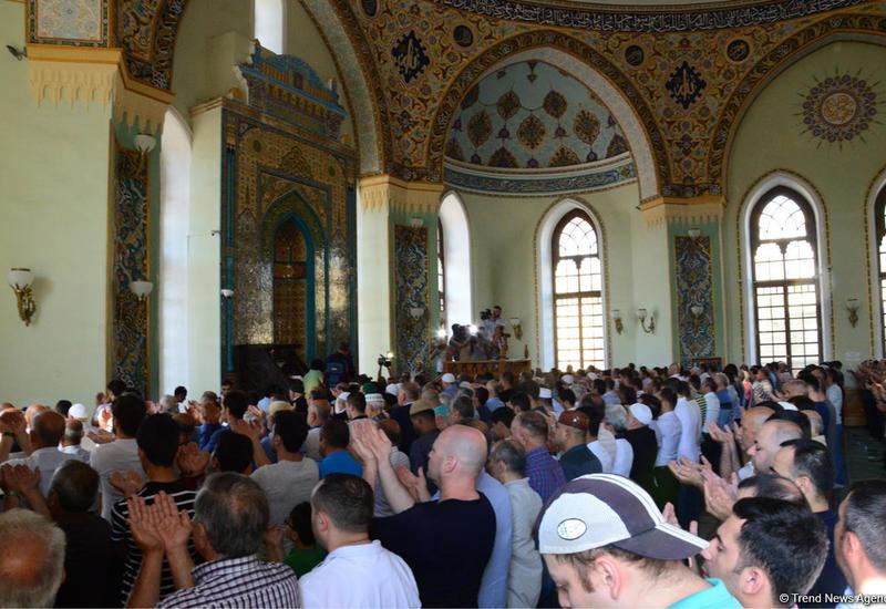 УМК о текущих правилах праздничного намаза в Азербайджане