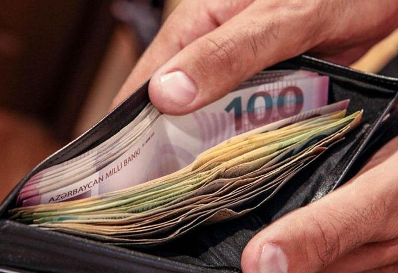 В каких сферах в Азербайджане наиболее высокая зарплата?