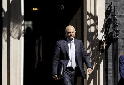 Главу МВД Великобритании ограбили на улице Лондона