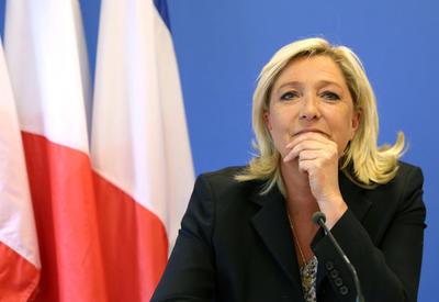 Ле Пен: Франция должна ввести пошлины в отношении Германии
