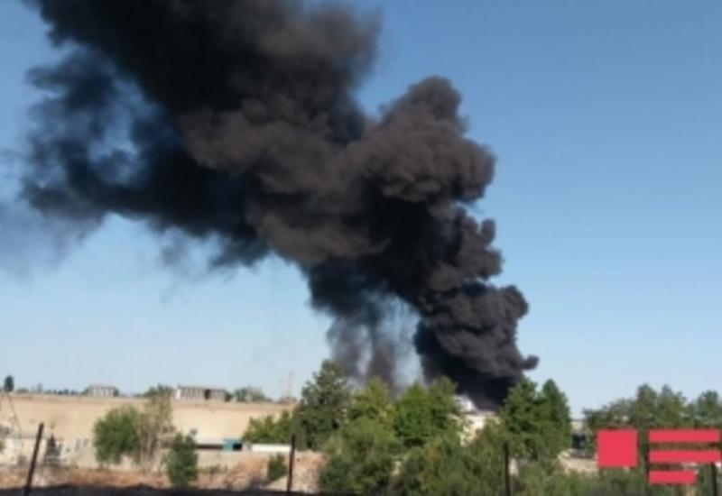 В Баку сгорел дом