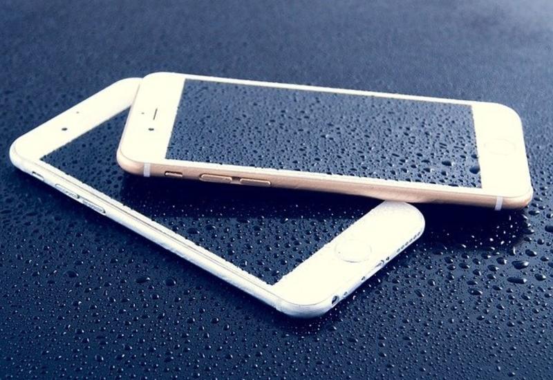 Назван самый водонепроницаемый смартфон