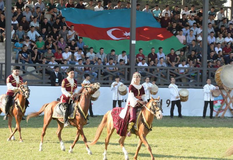 """В Баку прошел Национальный фестиваль конного спорта <span class=""""color_red"""">- ФОТО</span>"""