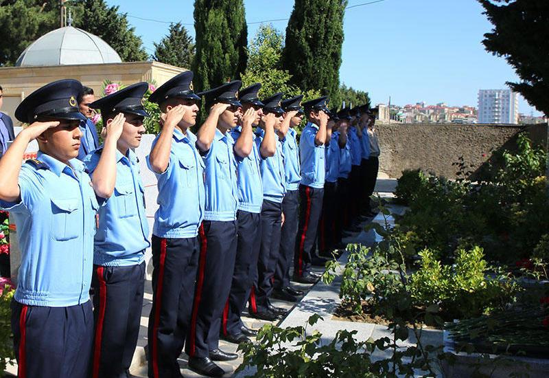 """Milli Qəhrəman Mübariz İbrahimovun məzarı ziyarət edilib <span class=""""color_red"""">- FOTOLAR</span>"""