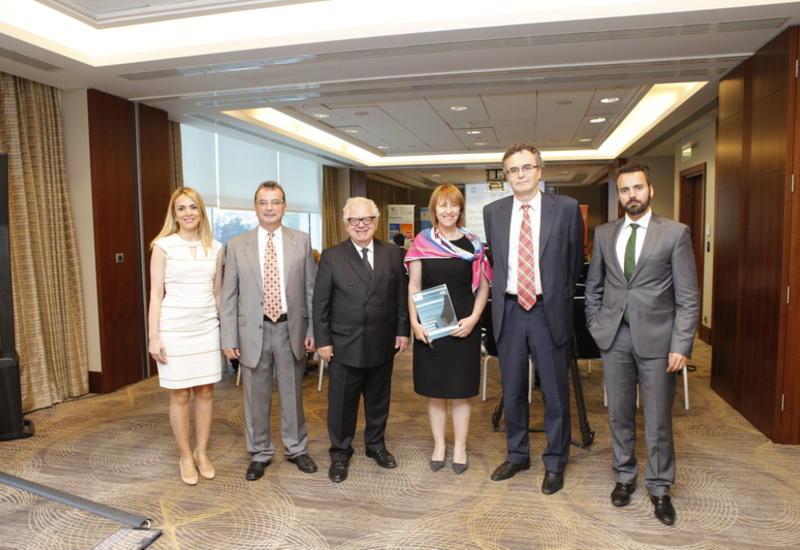 "Шеффилдский университет официально представил программу Executive MBA в Азербайджане <span class=""color_red"">– ФОТО</span>"