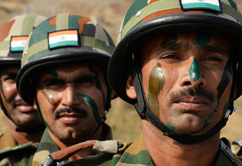 В Кашмире пятеро индийских силовиков пострадали в перестрелке с боевиками