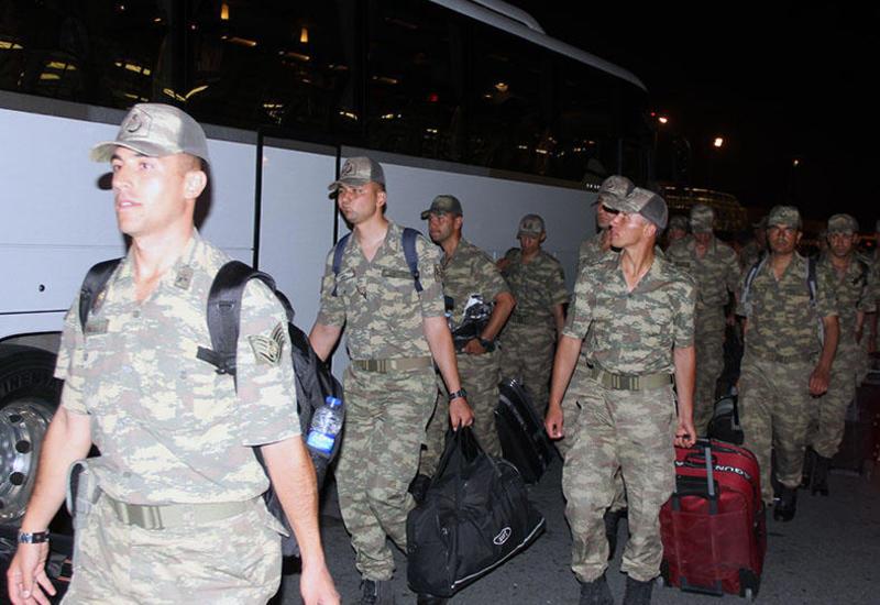 """Турецкие военнослужащие прибыли в Азербайджан <span class=""""color_red"""">- ФОТО</span>"""