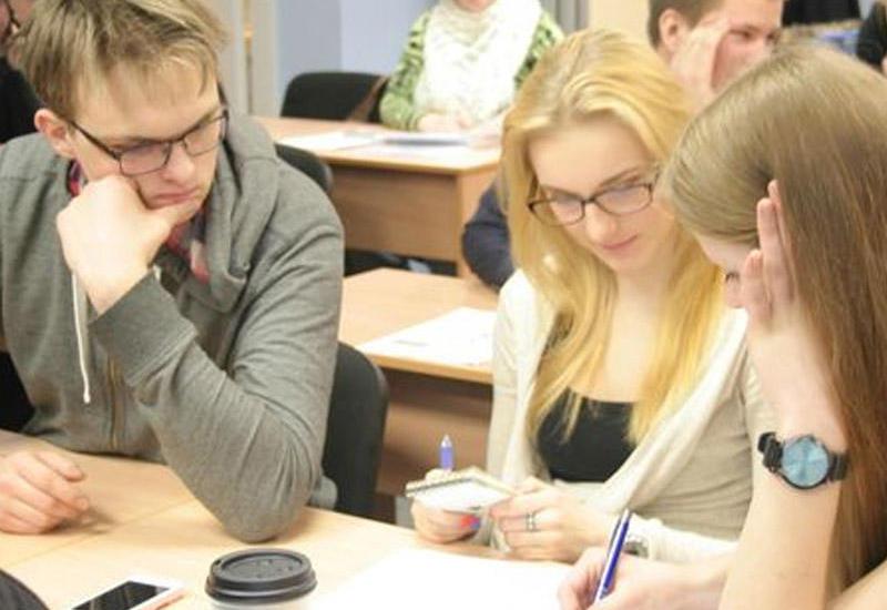 Latviyada rus dilində tədris qadağan edildi