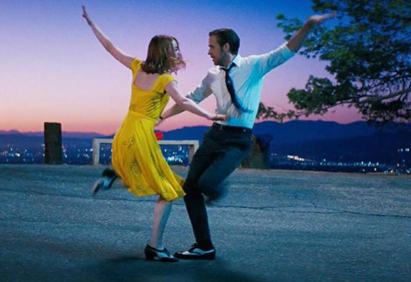 """Танцы из 300 фильмов собрали в один ролик <span class=""""color_red"""">- ВИДЕО</span>"""