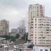 """Пожар в жилой новостройке в Баку <span class=""""color_red"""">- ОБНОВЛЕНО </span>"""