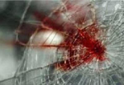 В Сумгайыте столкнулись автомобиль и автобус, есть пострадавшие