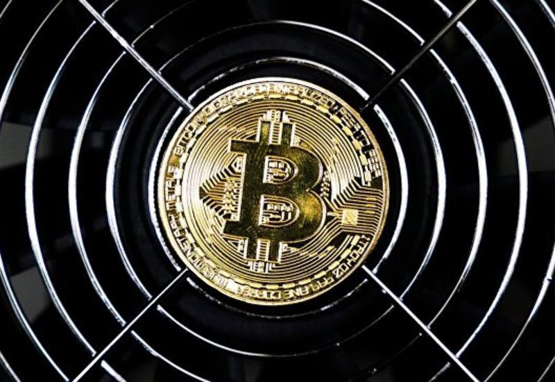 Курс биткоина может упасть ниже пяти тысяч долларов