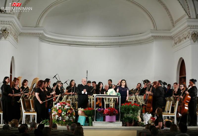 В Филармонии  почтили  память погибших в мировых войнах
