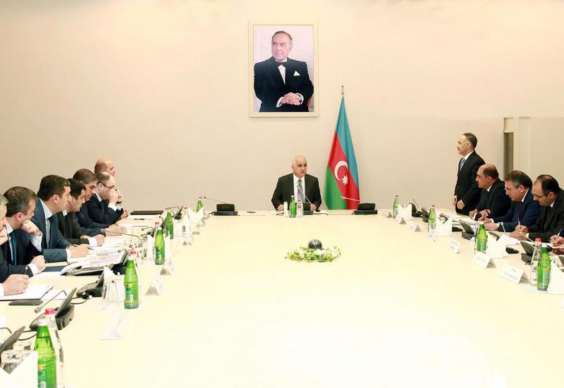 Шахин Мустафаев обсудил прогнозные показатели экономического развития Азербайджана