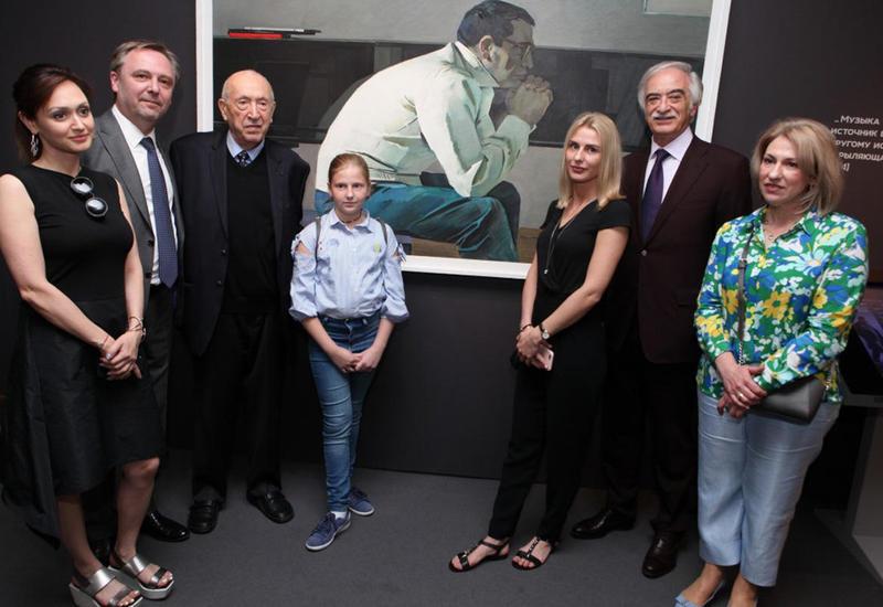 В Москве прошла выставка, приуроченная к 100-летию Гара Гараева