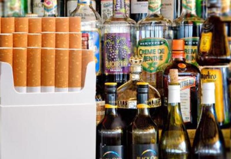 Азербайджан сокращает допустимые объемы ввоза в страну табака и алкоголя