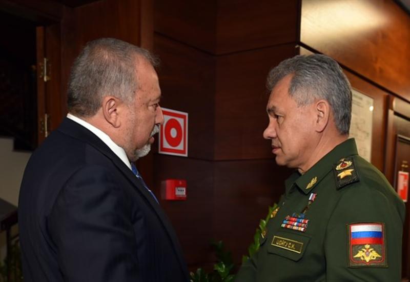 Министры обороны РФ и Израиля обсудили ситуацию в Сирии