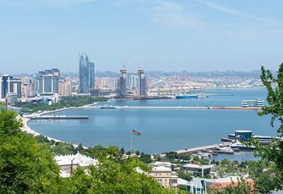 В Азербайджане на выходных не будет работать ничего, кроме аптек и медицинских учреждений