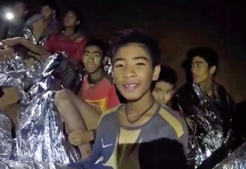 Застрявших в пещере детей пригласили на финал ЧМ
