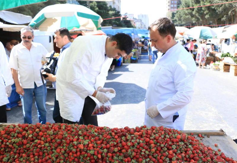 """В деятельности сельскохозяйственных ярмарок в Баку и Сумгайыте выявили недочеты <span class=""""color_red"""">- ФОТО</span>"""
