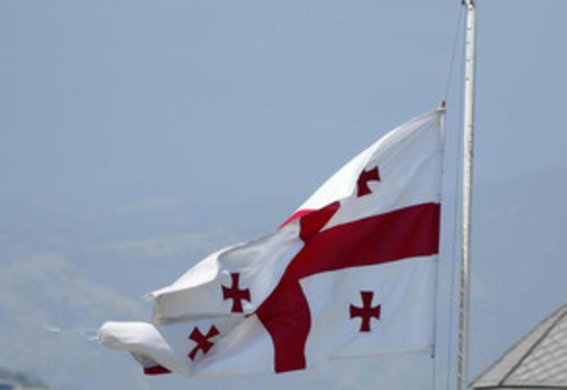 В посольстве Грузии в Баку в знак траура приспущен государственный флаг
