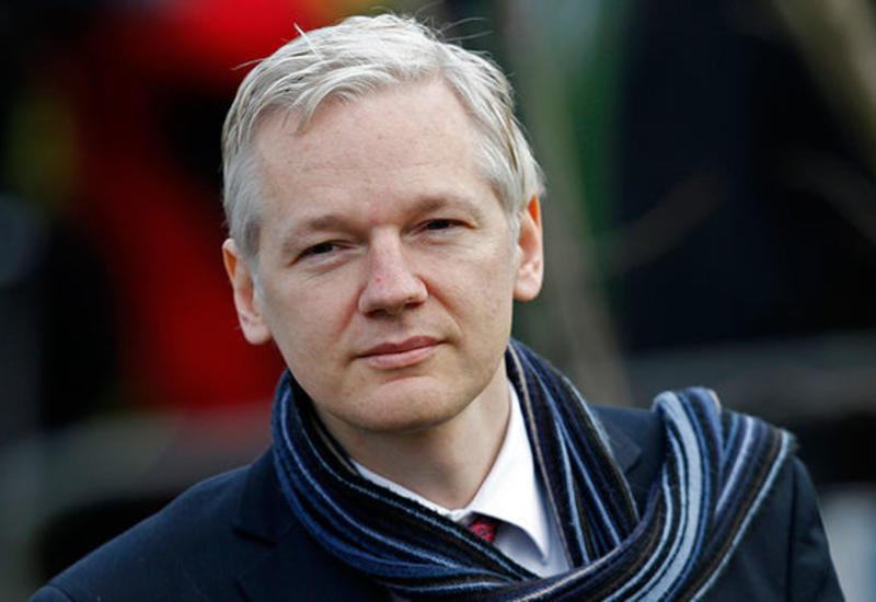 Эквадор и Британия ведут переговоры по ситуации с Ассанжем