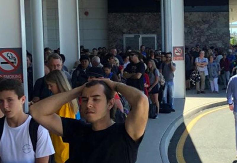 Забывчивая пассажирка случайно эвакуировала сотни людей