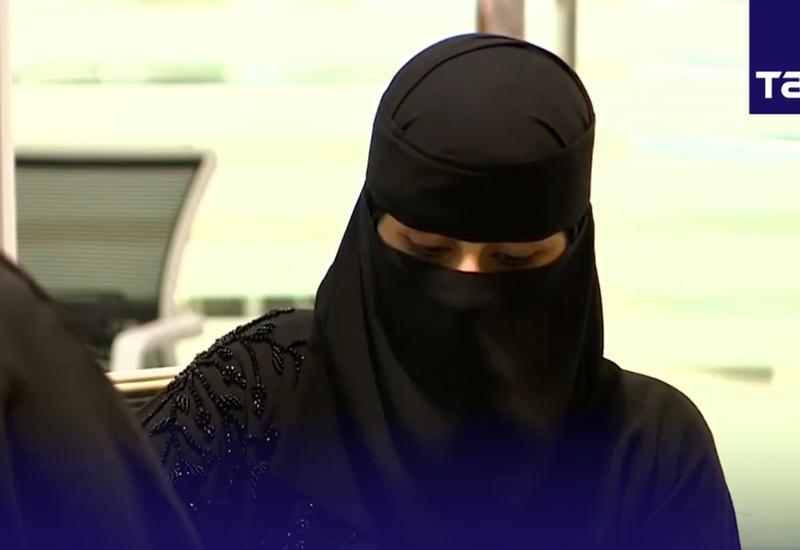 """В Саудовской Аравии женщин научат летать <span class=""""color_red"""">- ВИДЕО</span>"""