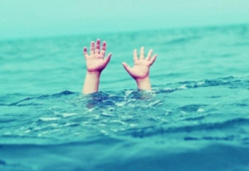 В Баку в море утонули два человека